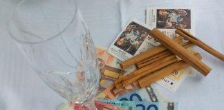 Способы, которыми испанцы привлекают удачу в Рождественской лотерее