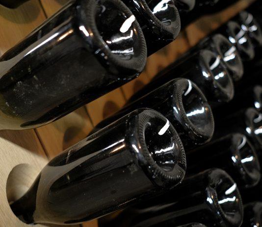 Beluga начала переговоры об импорте «самого почитаемого» в мире вина