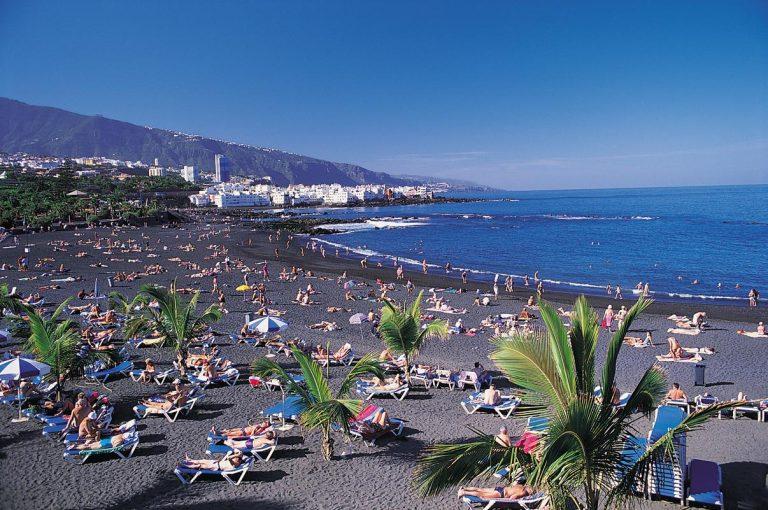 1,5 млрд евро, потратили туристы в октябре