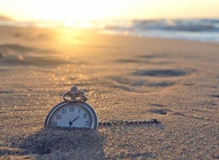 Вэти выходные переводим часы налетнее время