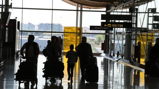 25дневная забастовка ваэропортах Испании начнется всентябре