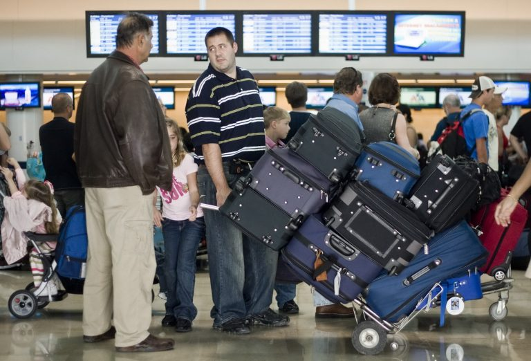 Число русских туристов вИспании загод выросло на16,5%