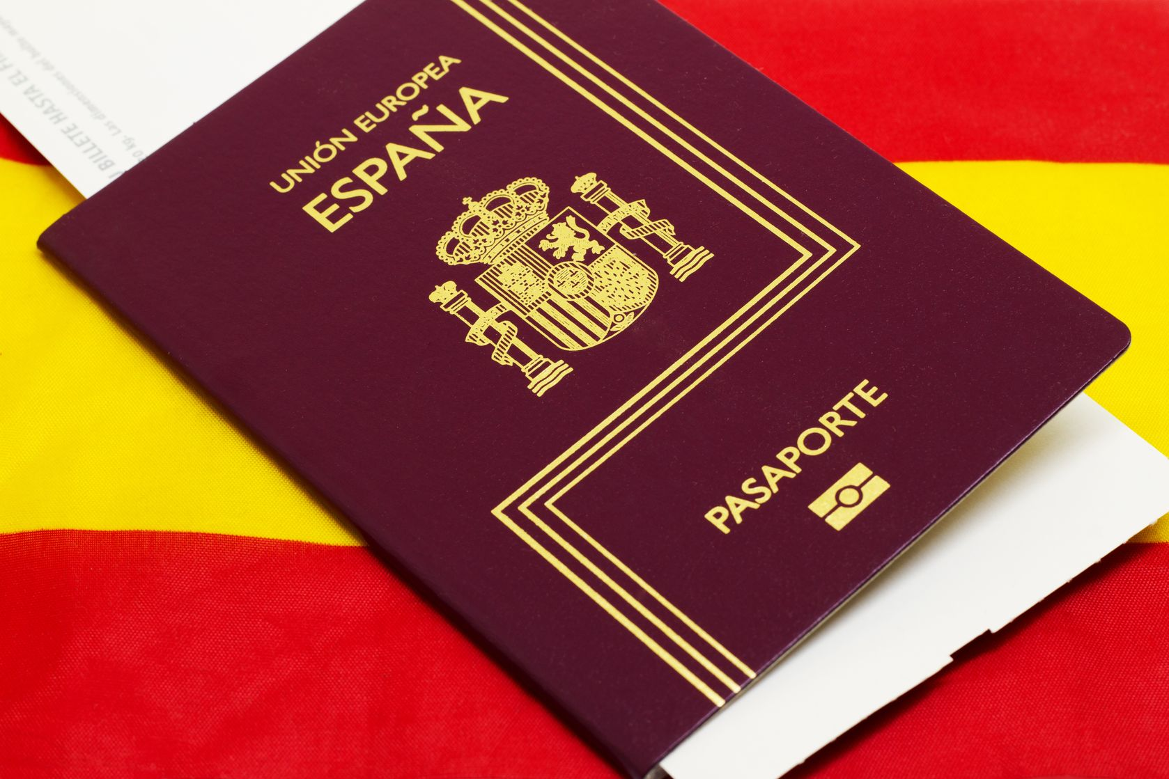 Испанский паспорт вошёл в тройку самых «сильных» в мире