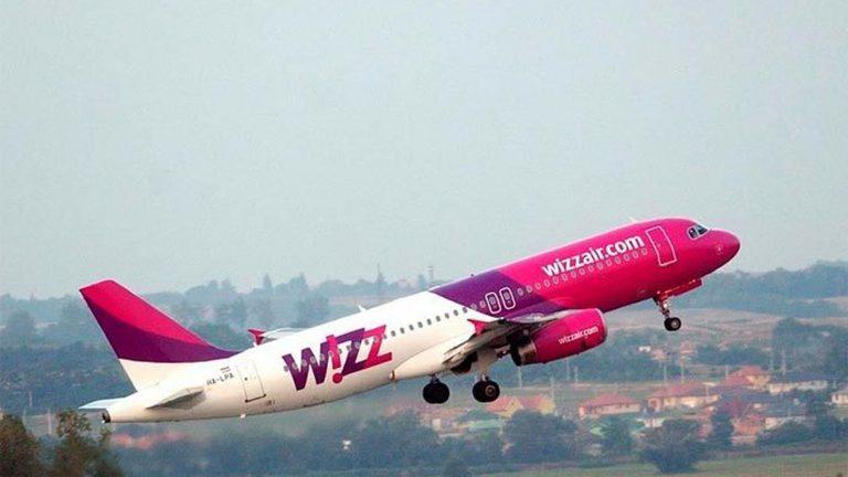 Авиакомпания хочет возобновить рейсы изЛондона наКанарские острова с1мая