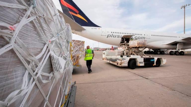 НаКанарах приземлился первый прямой рейс изКитая
