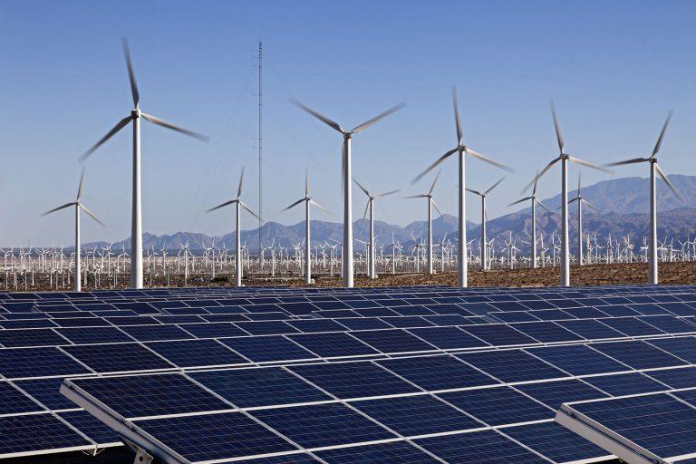 Премьер Испании сообщил опланах перехода навозобновляемые источники энергии