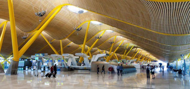Аэропорт Мадрида получил аккредитацию безопасного вовремя пандемии аэропорта