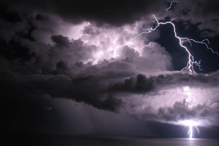 НаКанарах объявлено жёлтое штормовое предупреждение