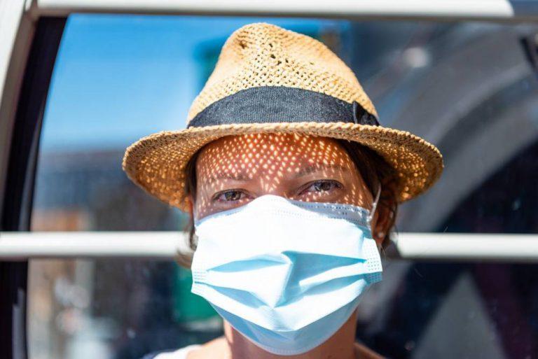 Солнце уменьшает риск смерти от коронавируса